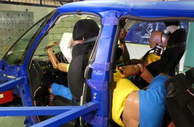 Un accidente puede ser mortal a 56 kmh si viajas de forma incorrecta