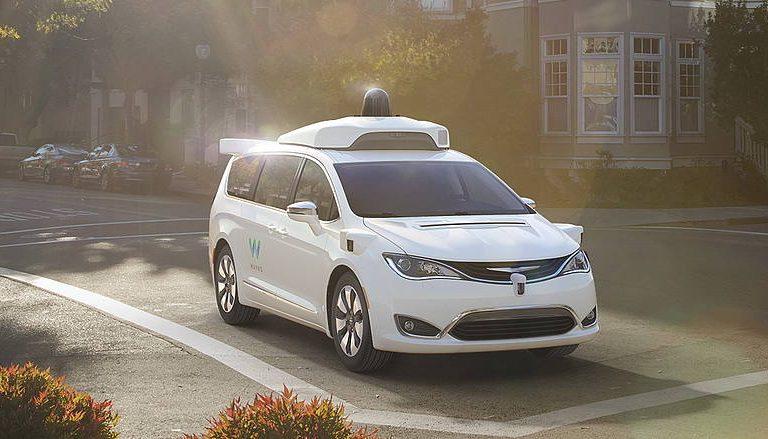 El coronavirus no detiene los taxis robóticos de Waymo
